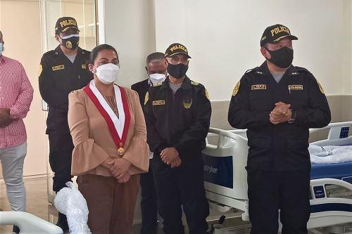 Inauguran área de vigilancia intensiva en hospital policial en la región Lambayeque.