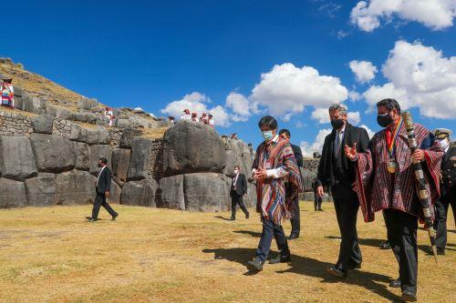 El Presidente Francisco Sagasti, asiste a la  escenificación del Inti Raymi en el Cusco