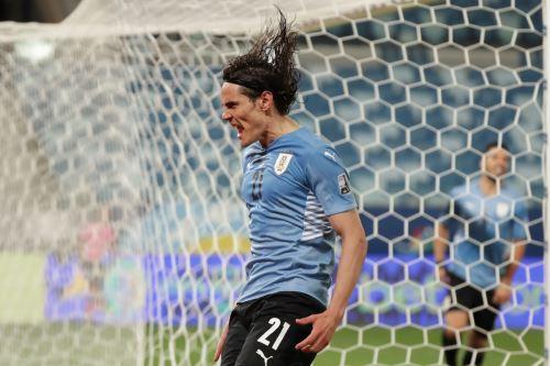 Uruguay vence 2-0 a Bolivia por el grupo A de la Copa América