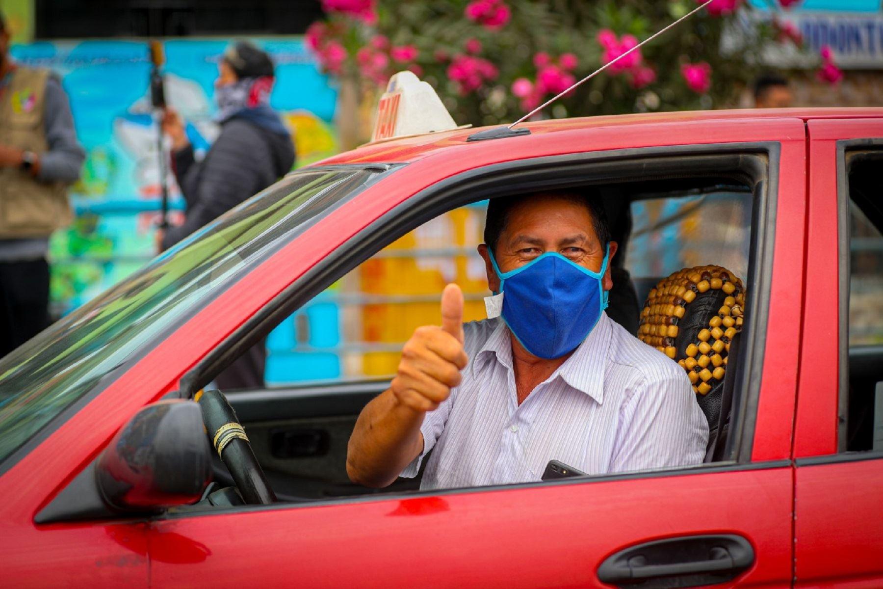 ATU: Esta prohibido el servicio de taxi a vehículos con más de 15 años de antigüedad . Foto: DIfusión