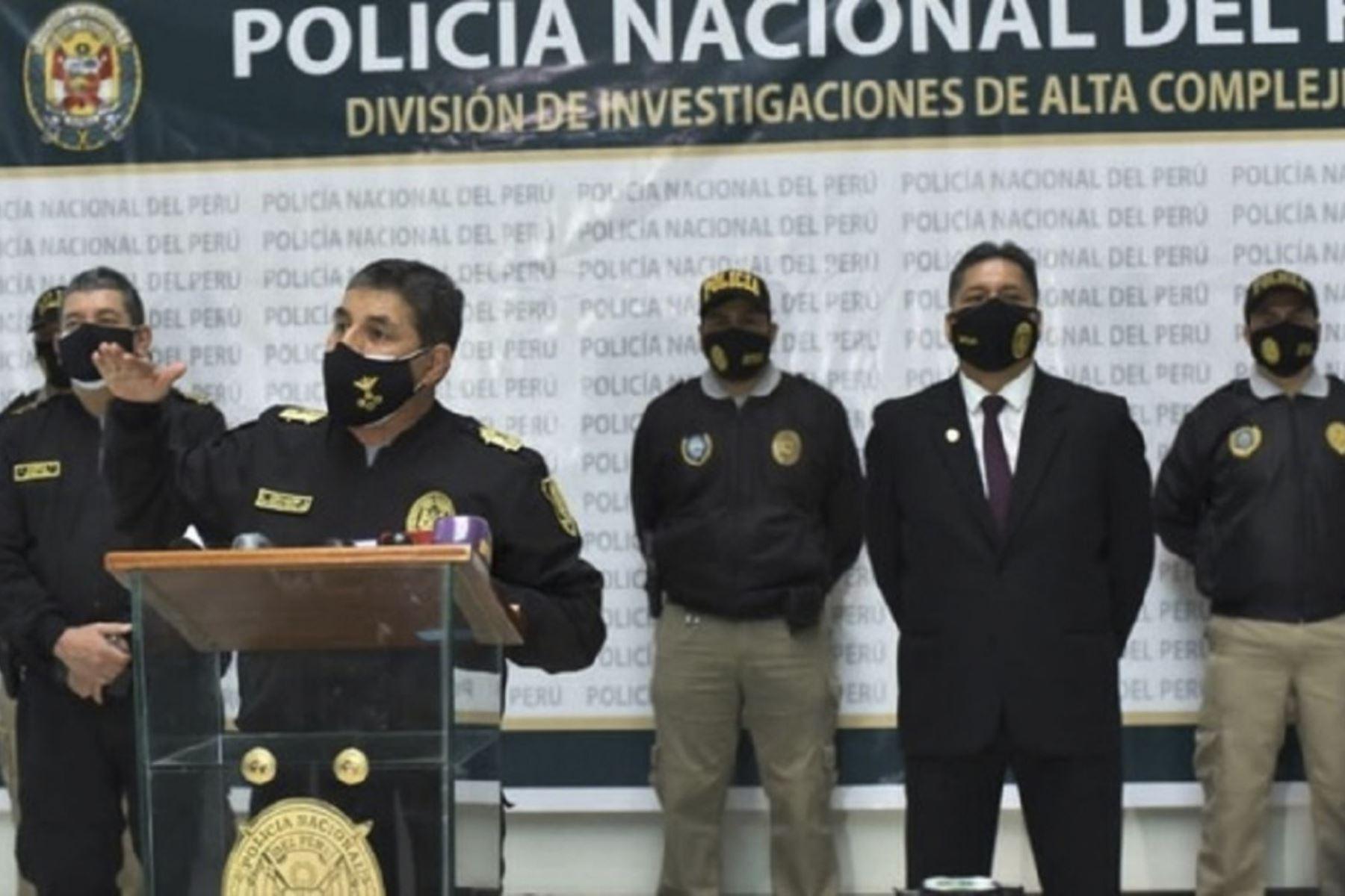 Policía Nacional captura a 12 integrantes de red criminal dedicada a extorsión y sicariato. Junto a Fiscalía ejecutó operativo contra los Intocables del Sur Este, en Lima, Piura y San Martín.