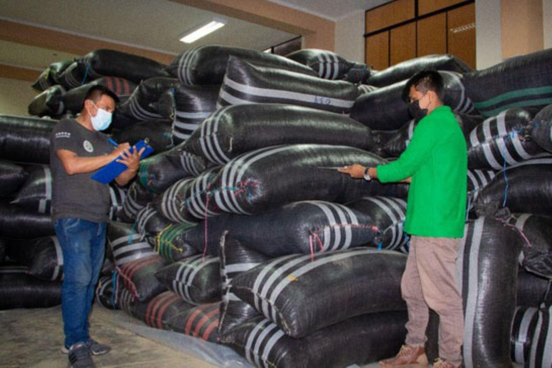 Caficultores asistidos por Devida logran vender más de 50 toneladas de café orgánico y convencional. Foto: Devida/Difusión