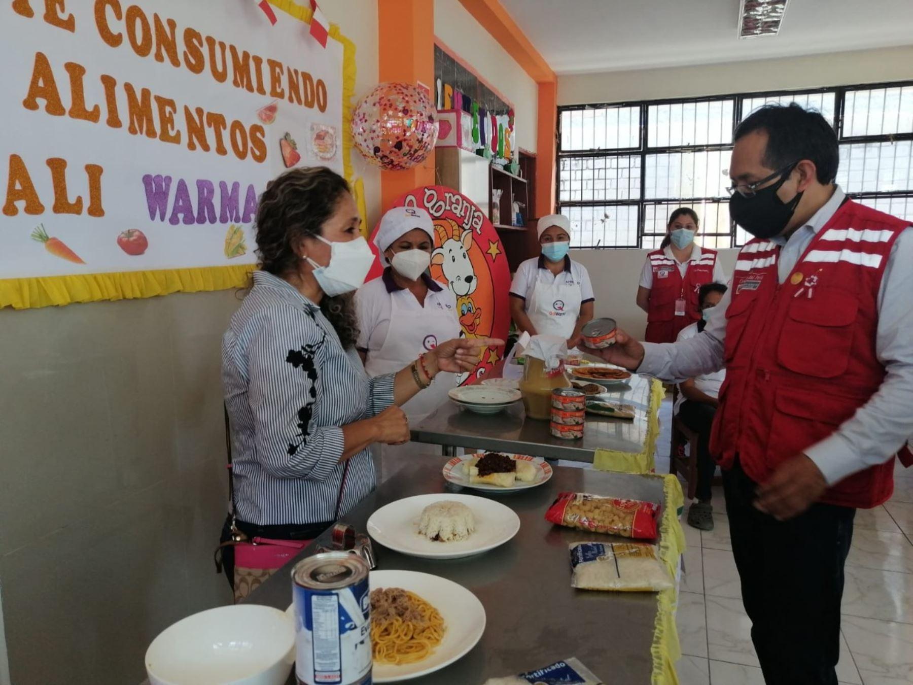 Tumbes: Qali Warma y padres de familia supervisan entrega de alimentos para escolares