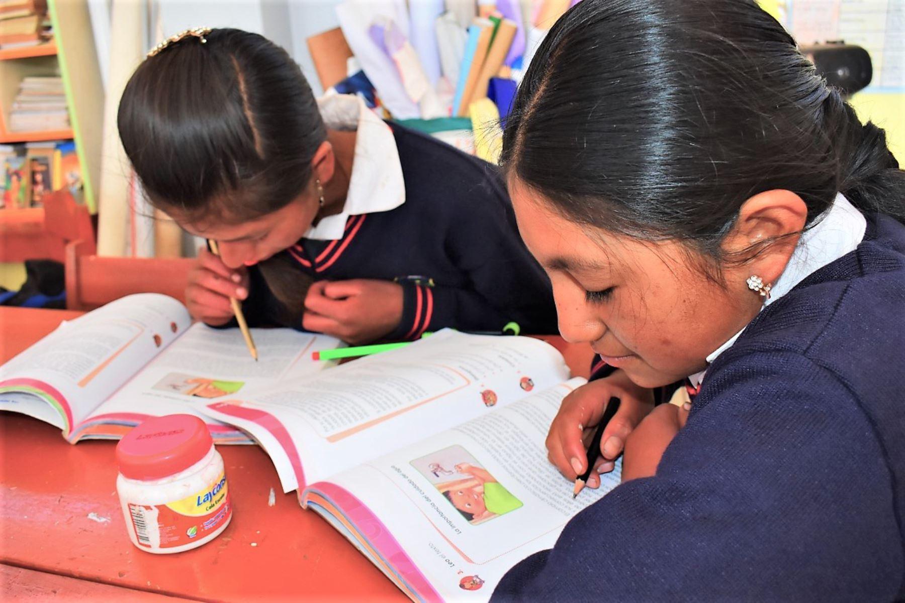 La Libertad: evalúan retorno a las aulas en 927 colegios de zonas rurales