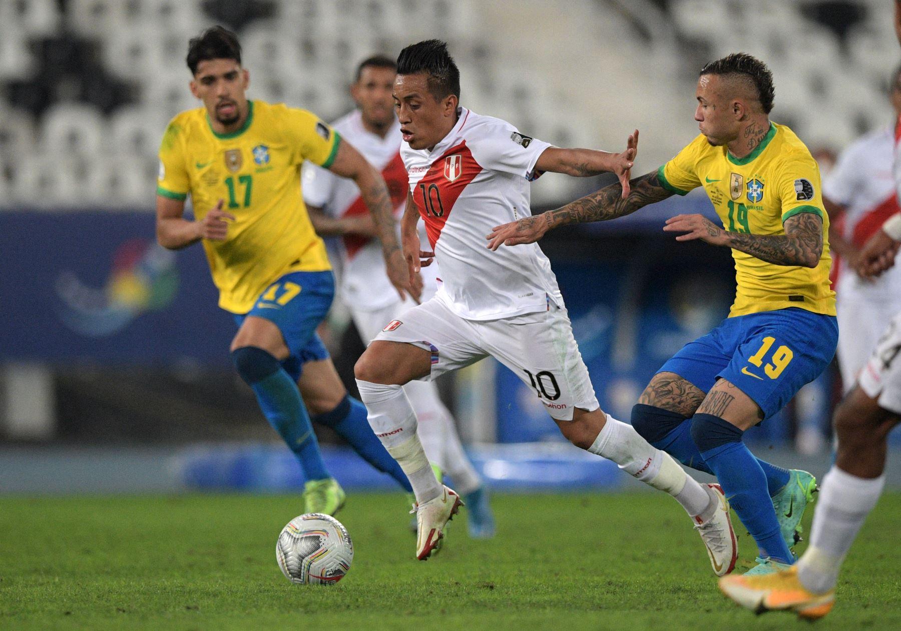 Un digno Perú pierde 1-0 con Brasil y disputará el tercer puesto de la Copa América