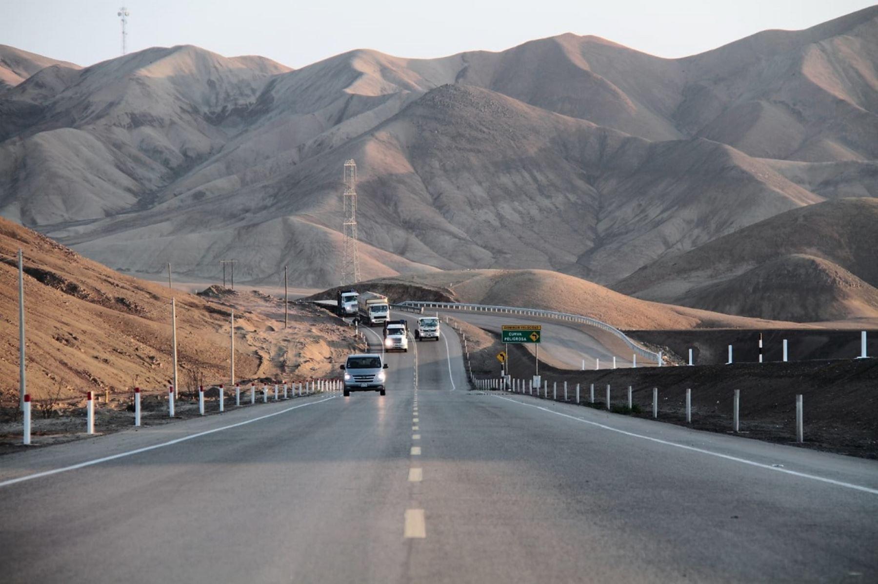 Ositrán: tráfico vehicular crece 24% en carreteras concesionadas