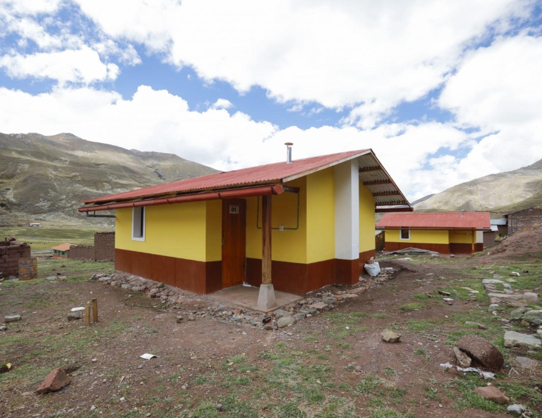 Firman convenio para mejorar procesos de construcción de viviendas bioclimáticas