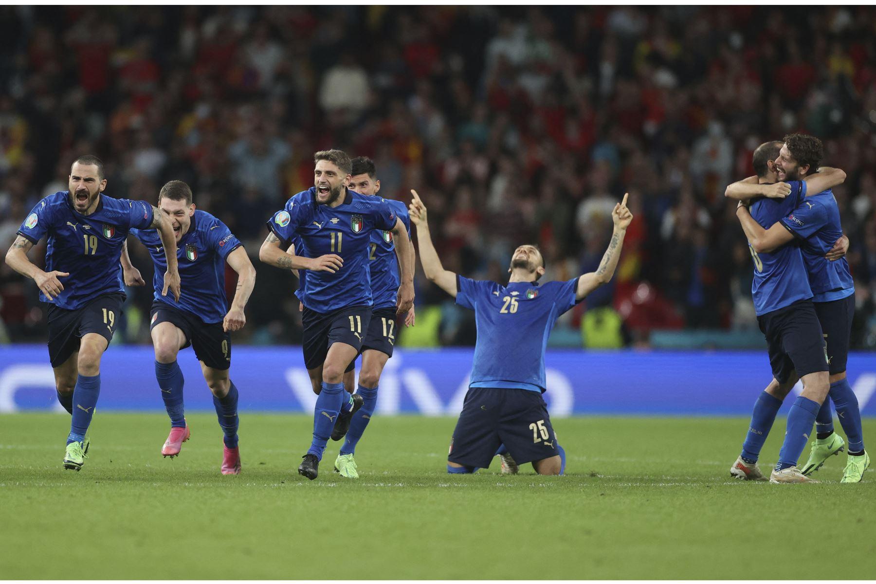 """Eurocopa: \""""Noche mágica, estamos en la final\"""", dice la prensa italiana"""