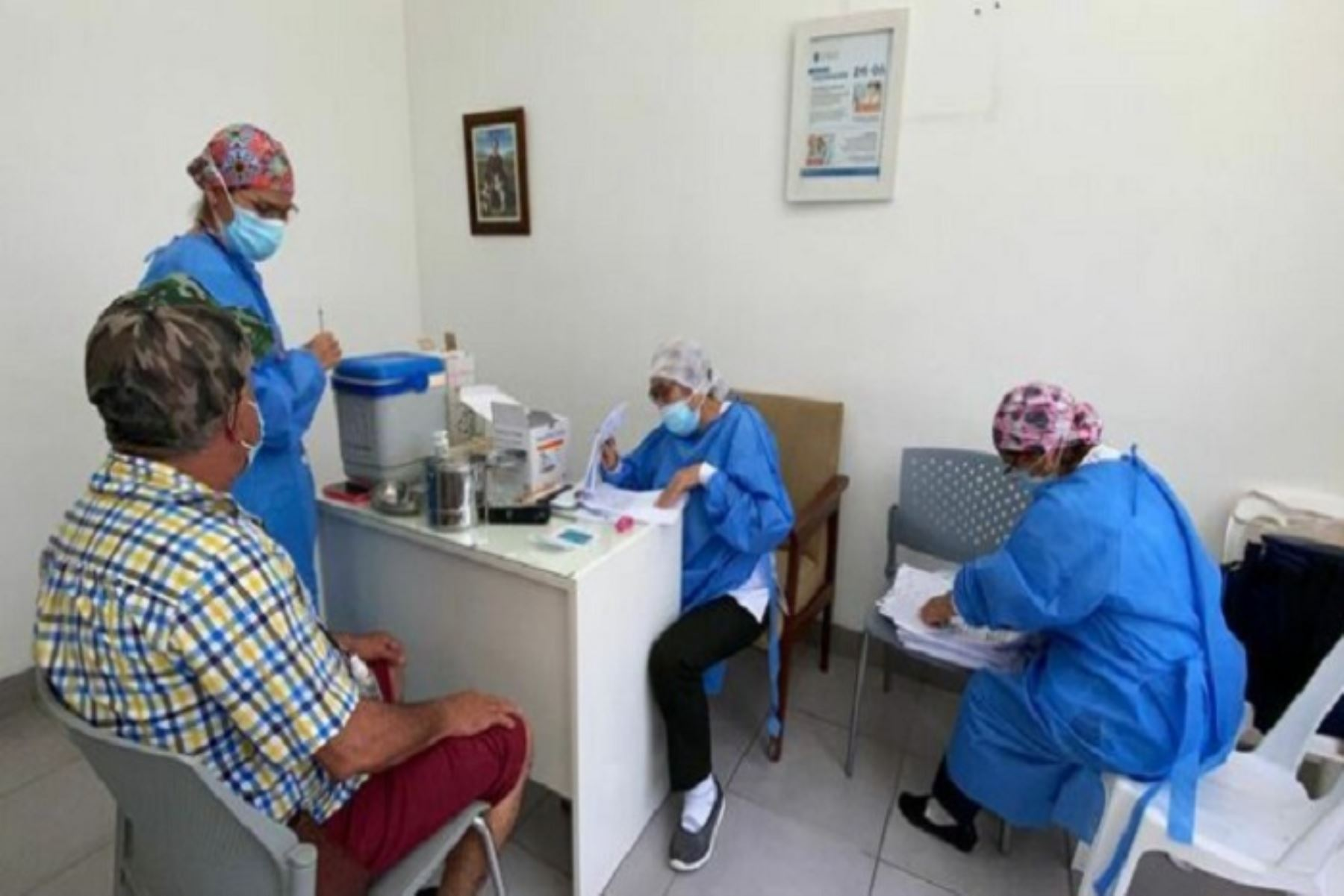 Minsa supervisa avance en vacunación contra covid-19 en Piura