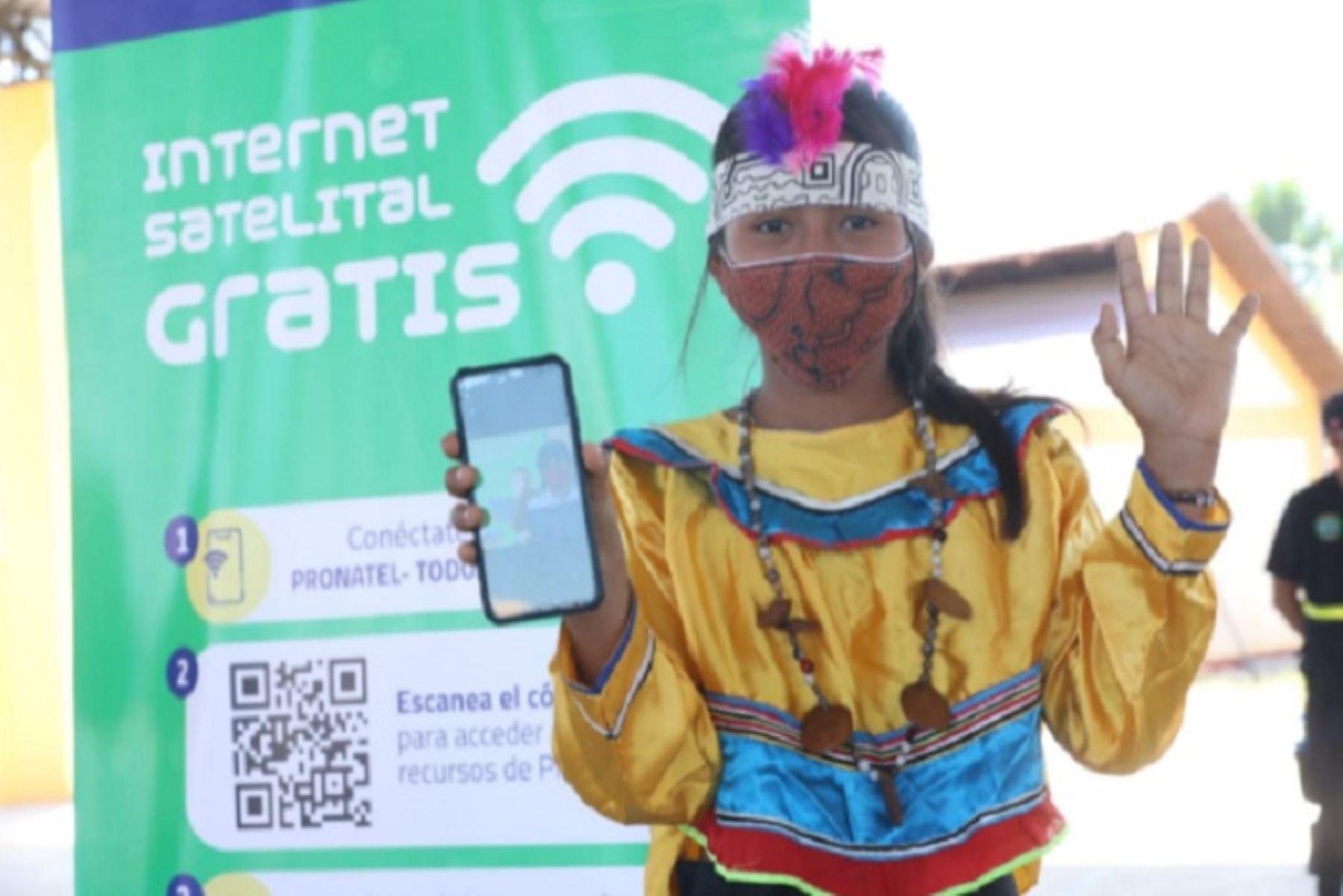 Conecta Selva permitirá instalar Internet satelital en 1,212 instituciones educativas y 104 centros de salud, en las zonas aisladas de las regiones Loreto, Ucayali, Amazonas y Madre de Dios. Este plan se implementará en tres etapas hasta diciembre de 2021.