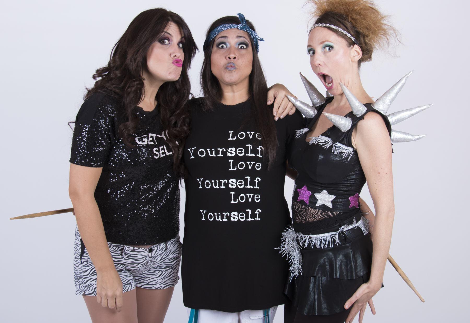 Patricia Portocarrero, Katia Palma y Saskia Bernaola juntas en Fiestas Patrias