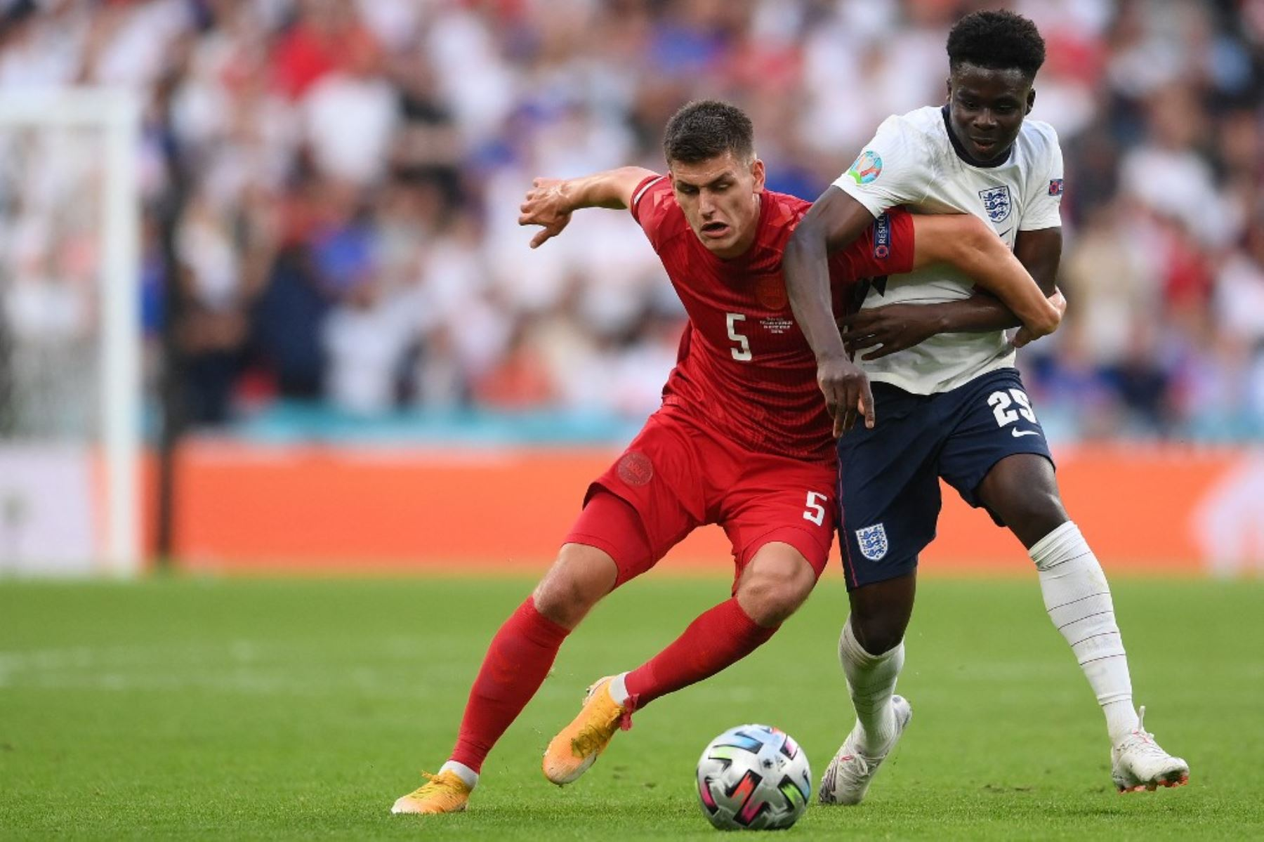 Dinamarca e Inglaterra se enfrentan por la segunda semifinal de la Eurocopa en Wembley
