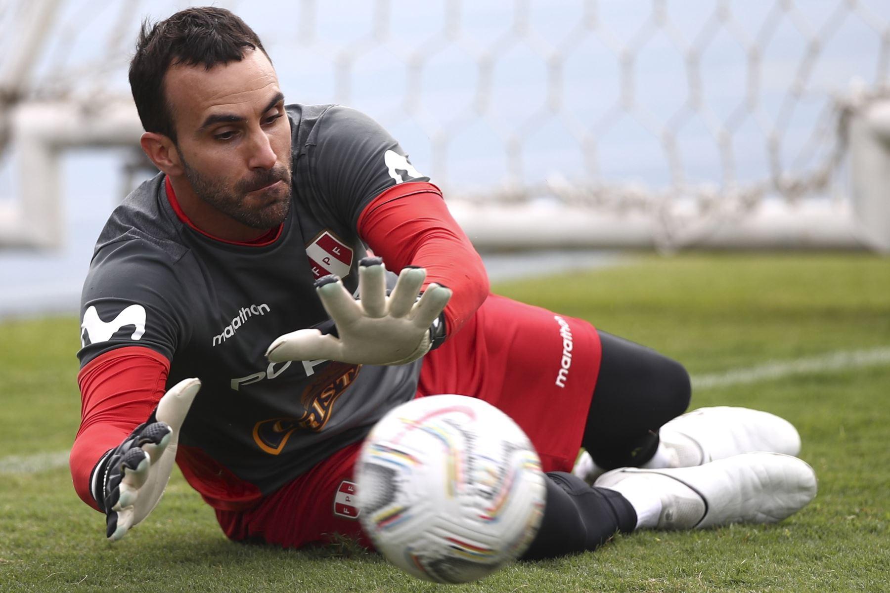 José Carvallo, jugador de la Selección peruana. Foto: FPF
