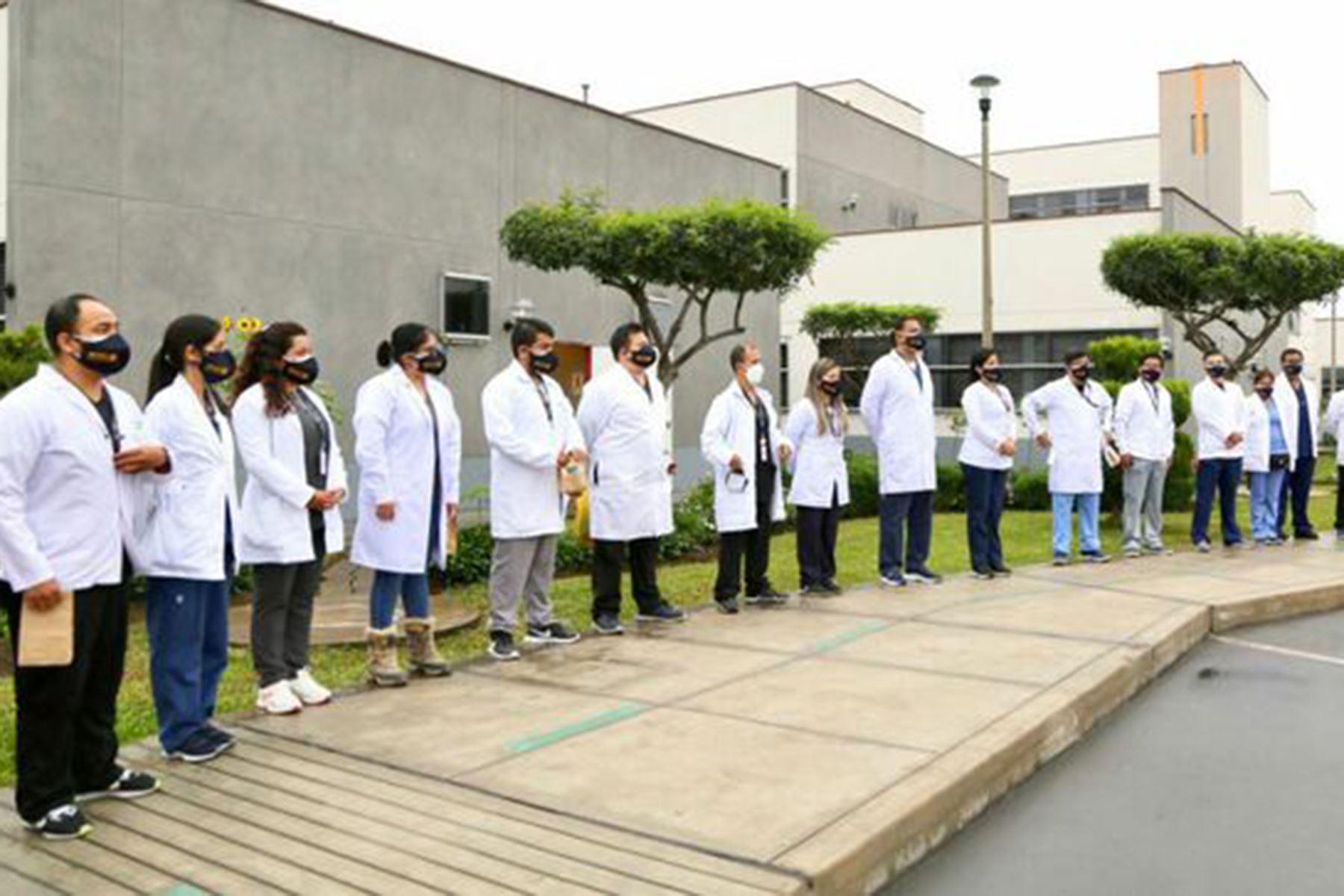 La formación de estos profesionales se realiza en una etapa crucial para el país en la que se ha hecho evidente el déficit de especialistas en salud. ANDINA/ Minsa
