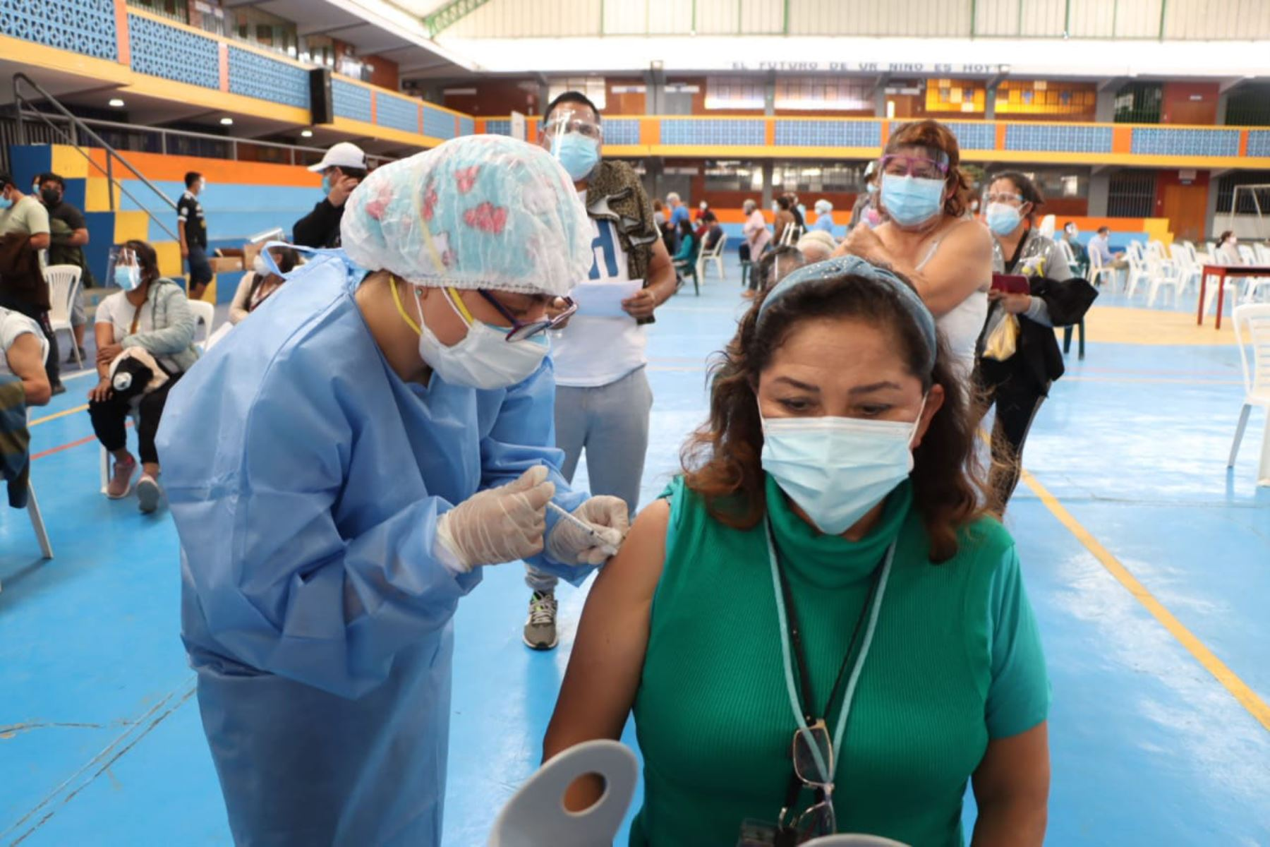 Contraloría detecta 4 tipos de irregularidades en proceso de vacunación de La Libertad