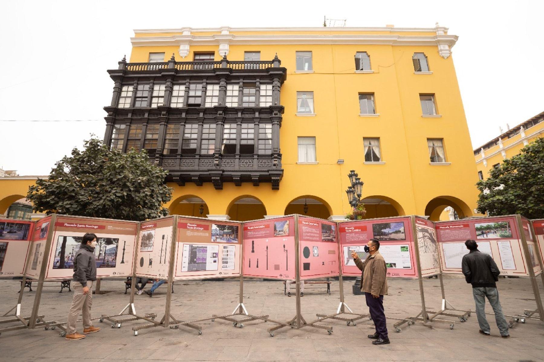 """Presentan exposición """"Espacios públicos, plazuelas del Centro Histórico De Lima"""""""