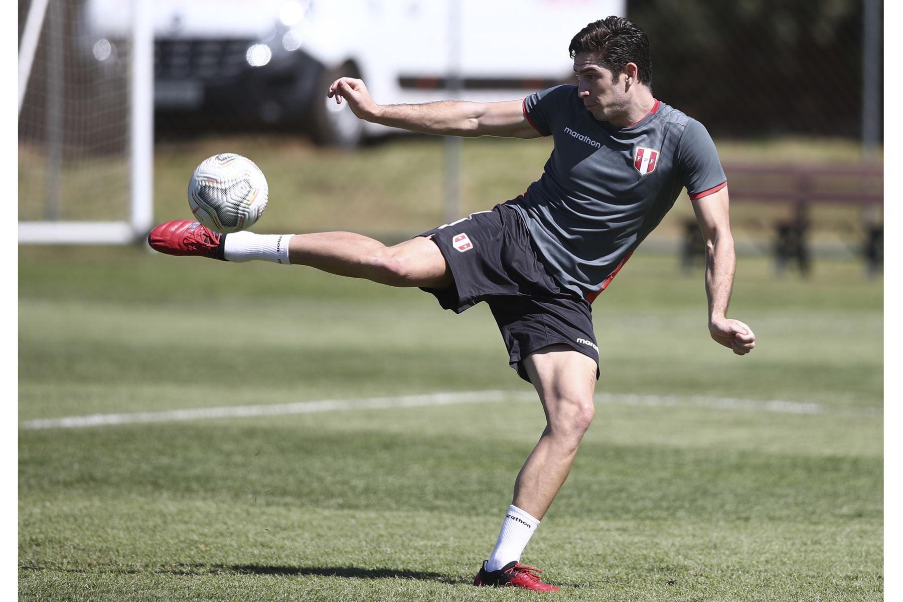 """Santiago Ormeño: \""""He soñado con hacer goles con la selección peruana\"""""""