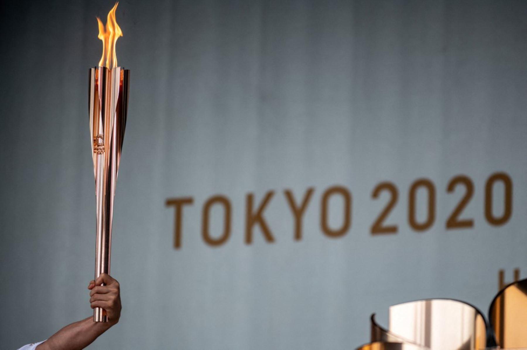 Juegos de Tokio: Antorcha olímpica llega a Tokio para un relevo sin espectadores