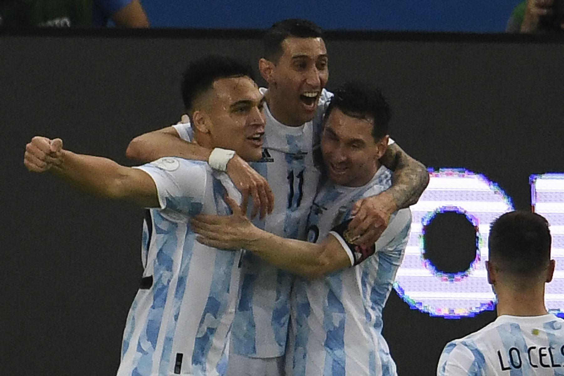 Copa América: Argentina vence 1-0 a Brasil al culminar el primer tiempo de la gran final