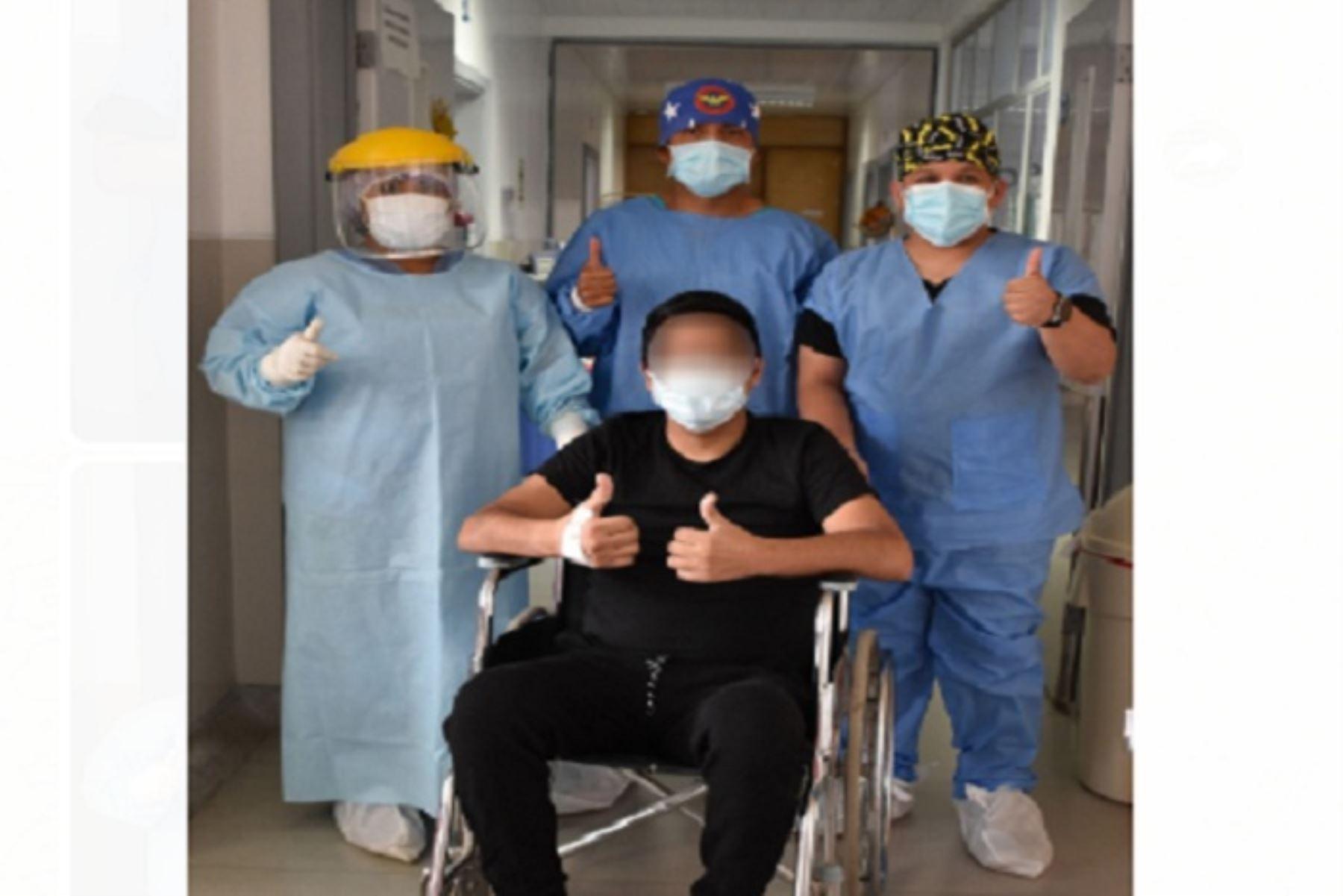 ¡Lo logró! joven huaracino con afectación pulmonar del 70% vence a la covid-19