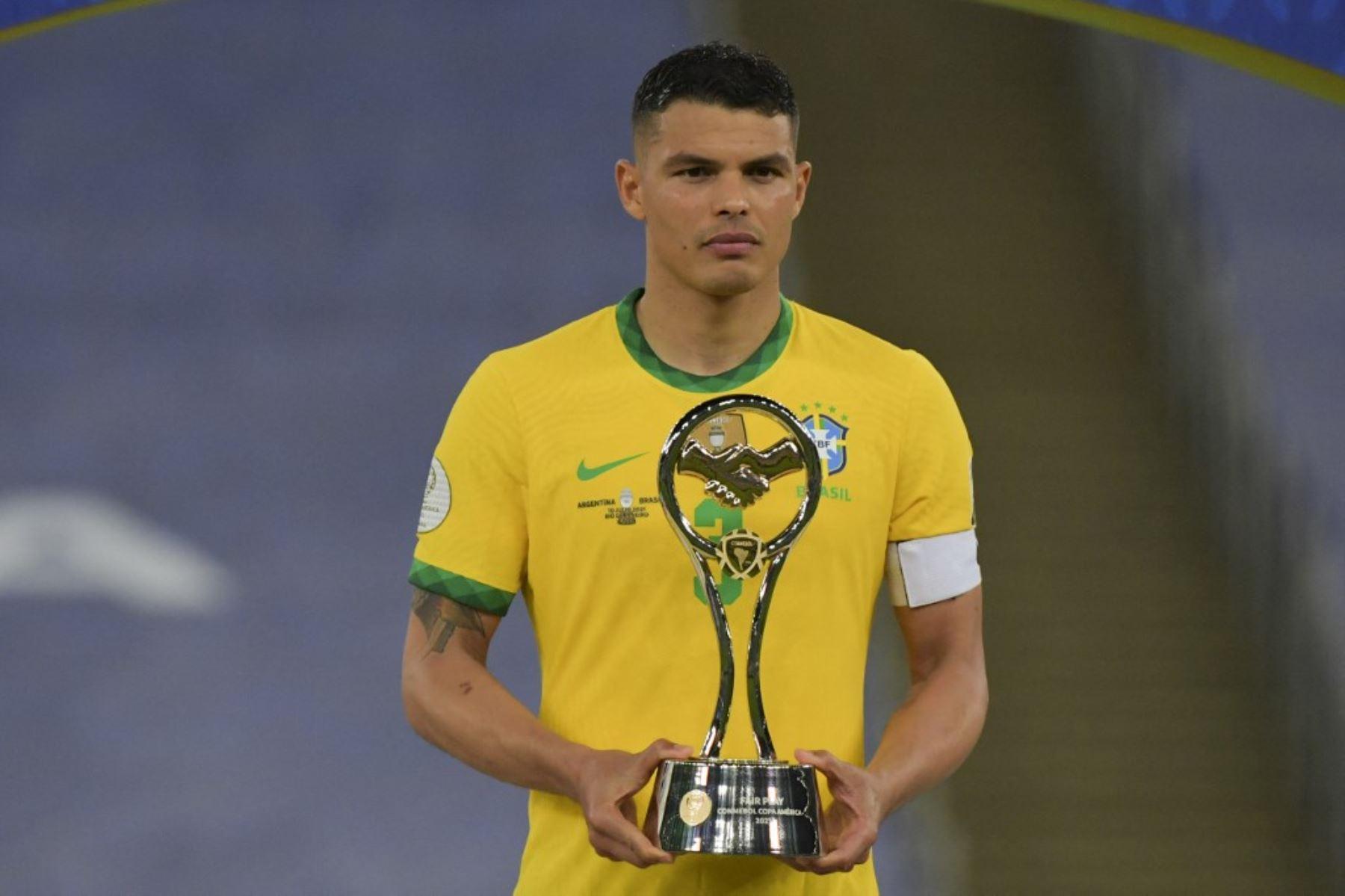 Thiago Silva advirtió a los  hinchas brasileños que apoyaron a los argentinos