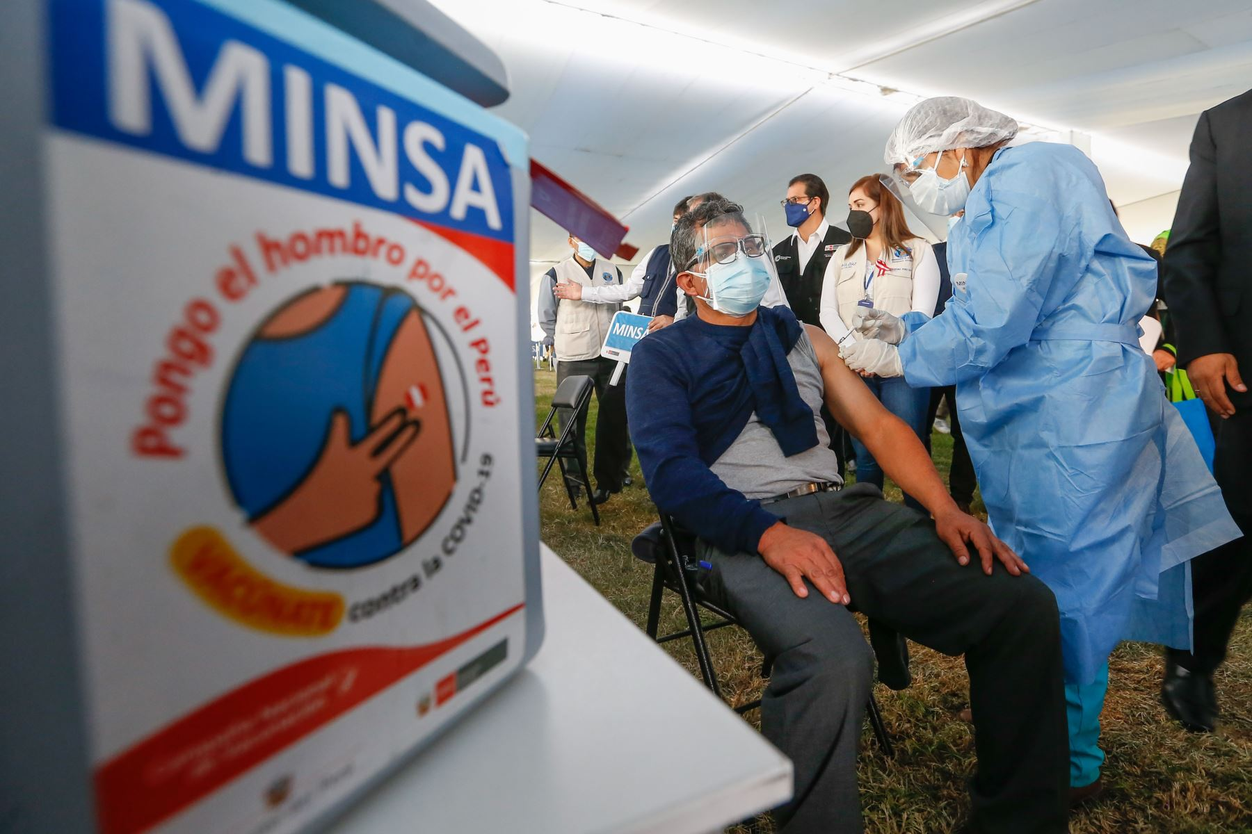Minsa: Perú aplicó hasta hoy 9 millones 721,454 dosis contra la covid-19