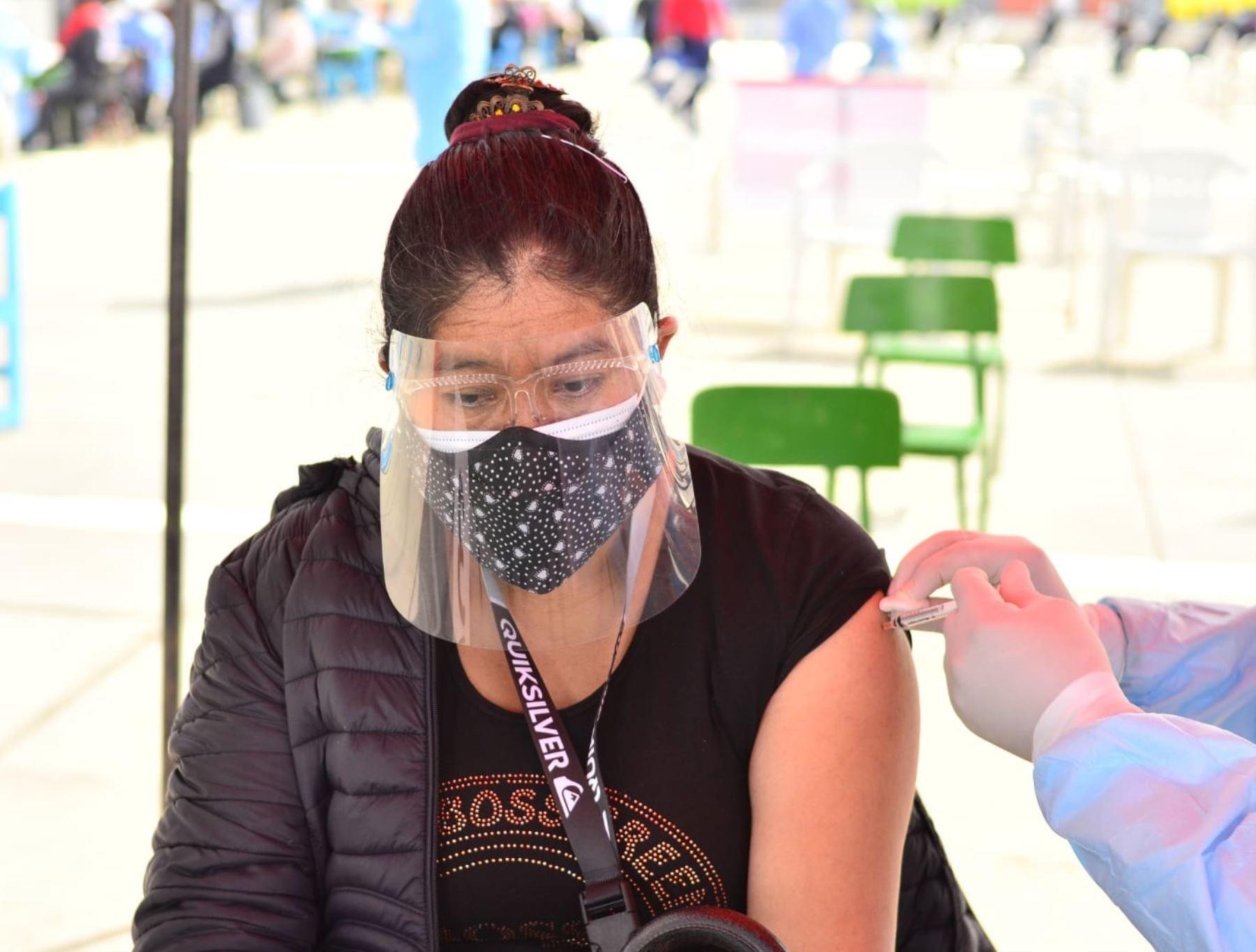 Covid-19: Tacna da otro paso adelante y hoy inicia vacunación a mayores de 36 años