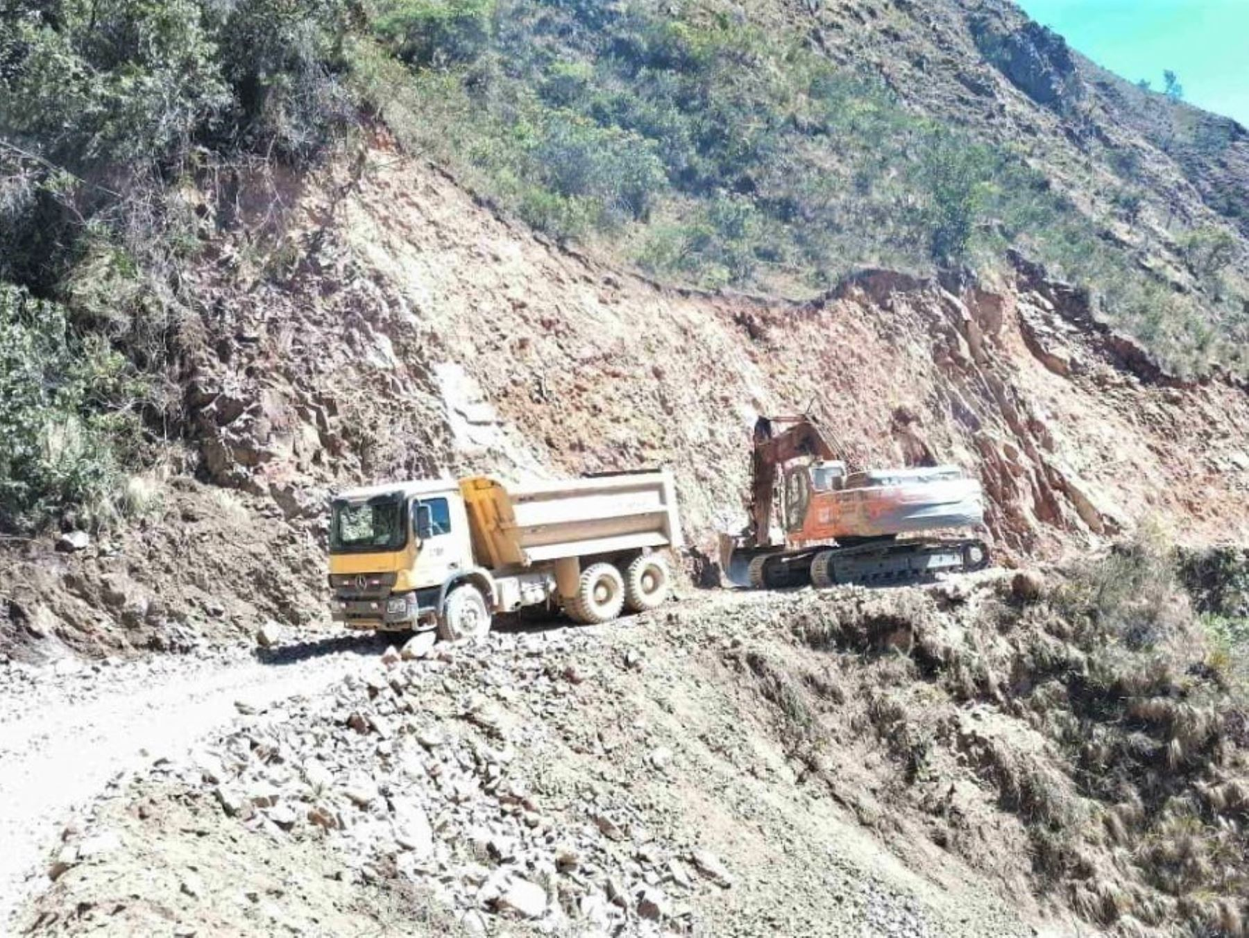 MTC destaca avances en los trabajos de construcción de la carretera Calemar-abra El Naranjillo, que unirá La Libertad con San Martín. ANDINA/Difusión