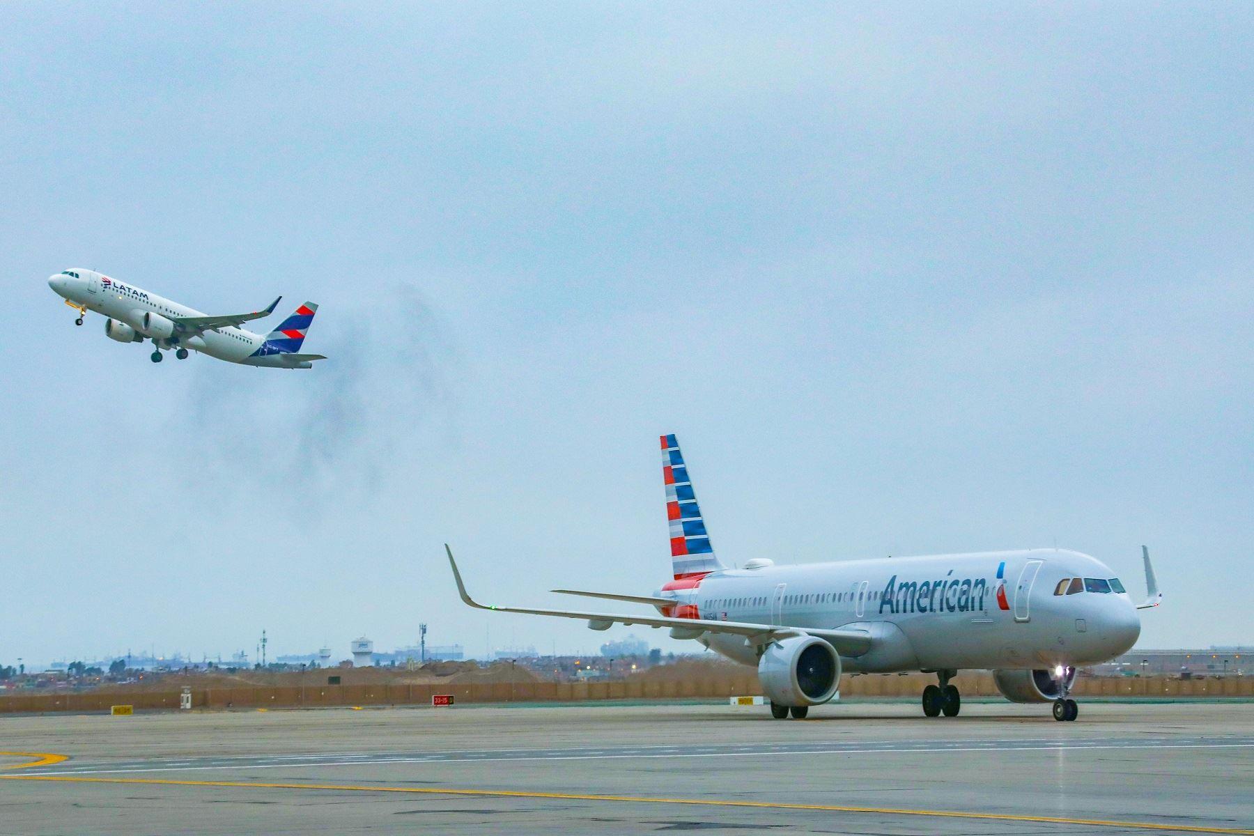 Conoce los requisitos para pasajeros de vuelos nacionales e internacionales