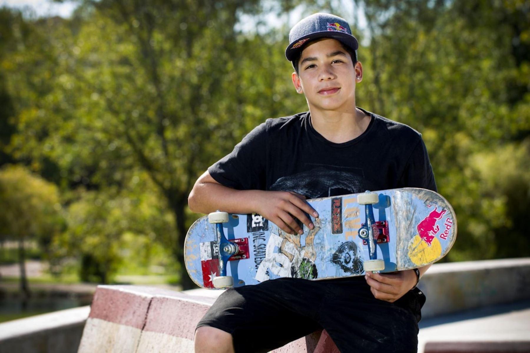 El skater peruano Angelo Caro va en busca de la medalla en los juegos Tokio 2020