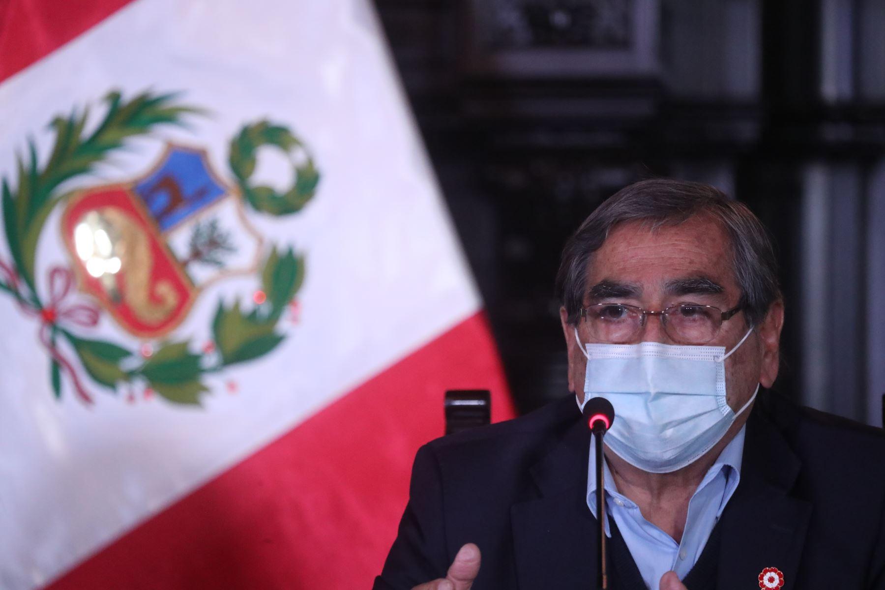 Ministro de Salud invoca a dirigentes políticos a no incitar actos de violencia