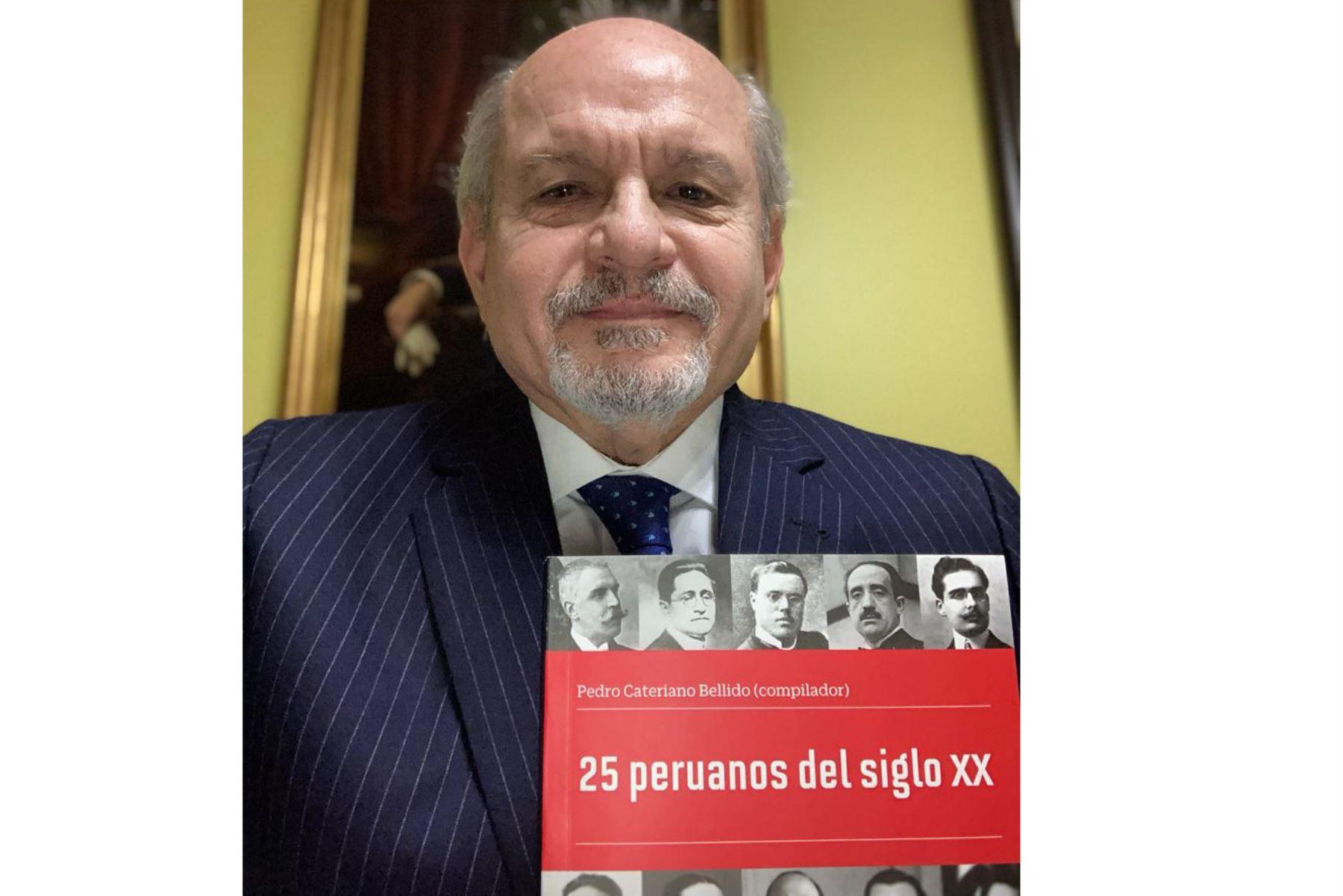 """Pedro Cateriano:  """"En este libro los personajes  prueban su fe en el Perú"""""""