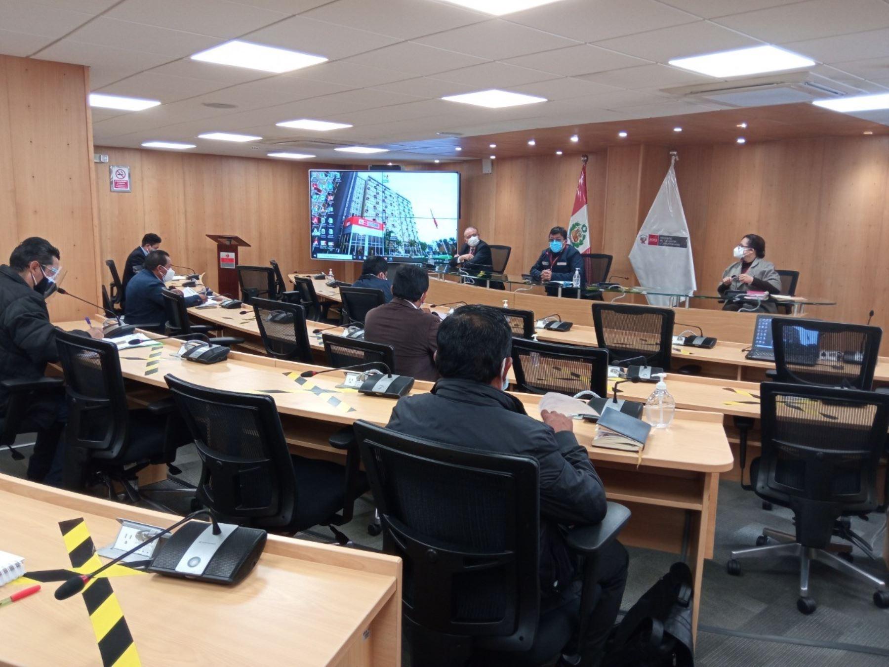 Ayacucho: MTC informó sobre proyectos de transportes y comunicaciones en Parinacochas