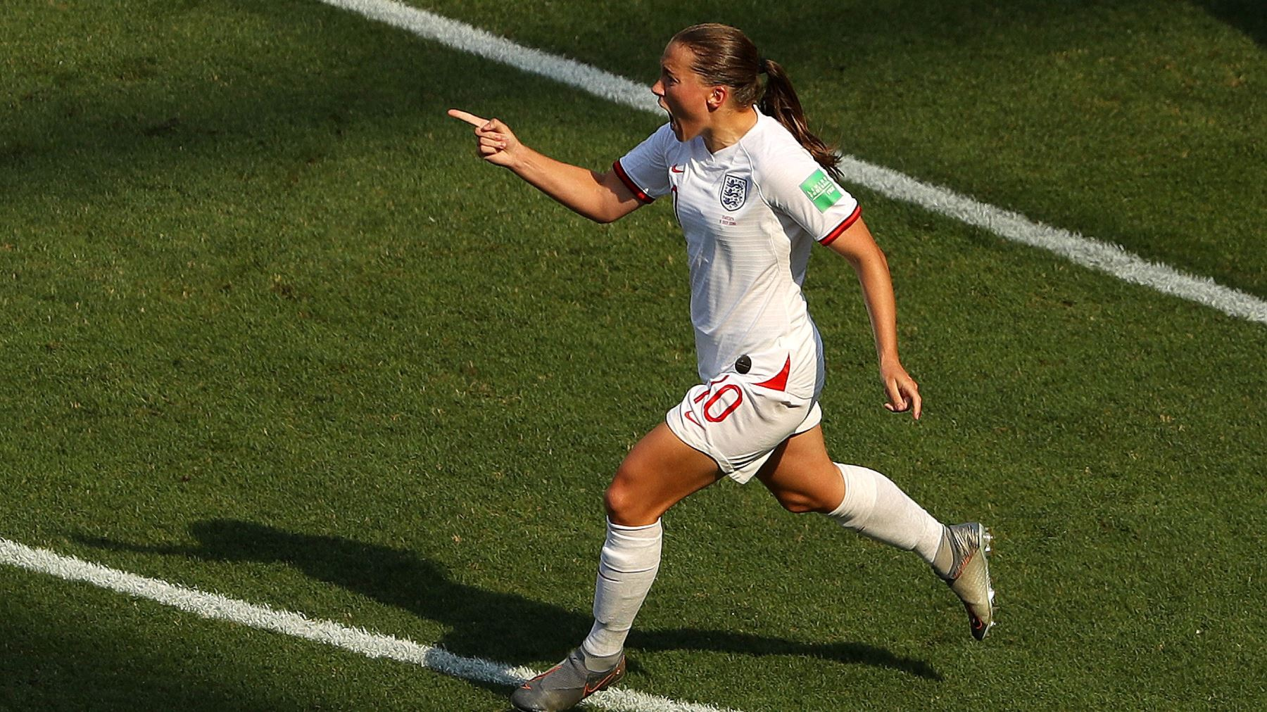 Equipo británico femenino de fútbol se arrodillará en los juegos de Tokio