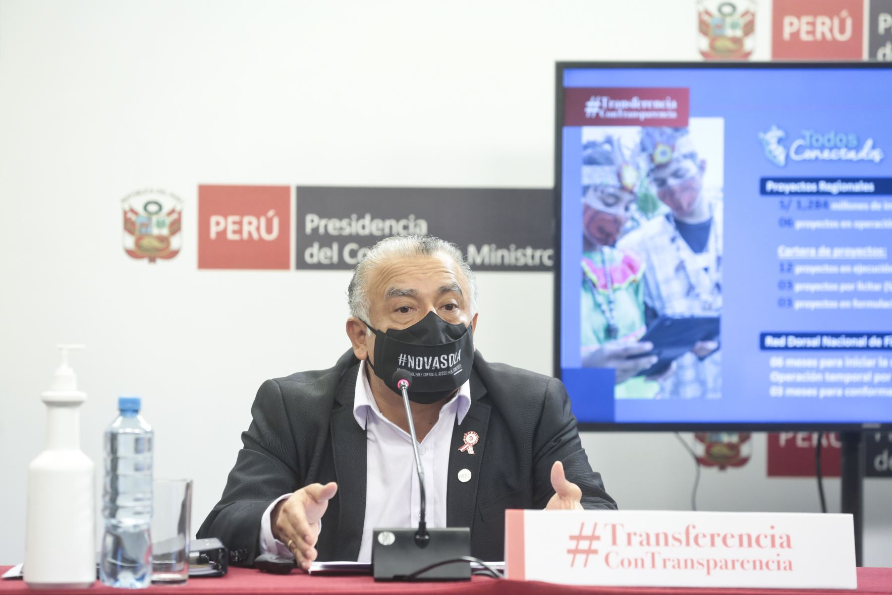 Ministro González presentó balance en proyectos viales, internet, puertos y aeropuertos