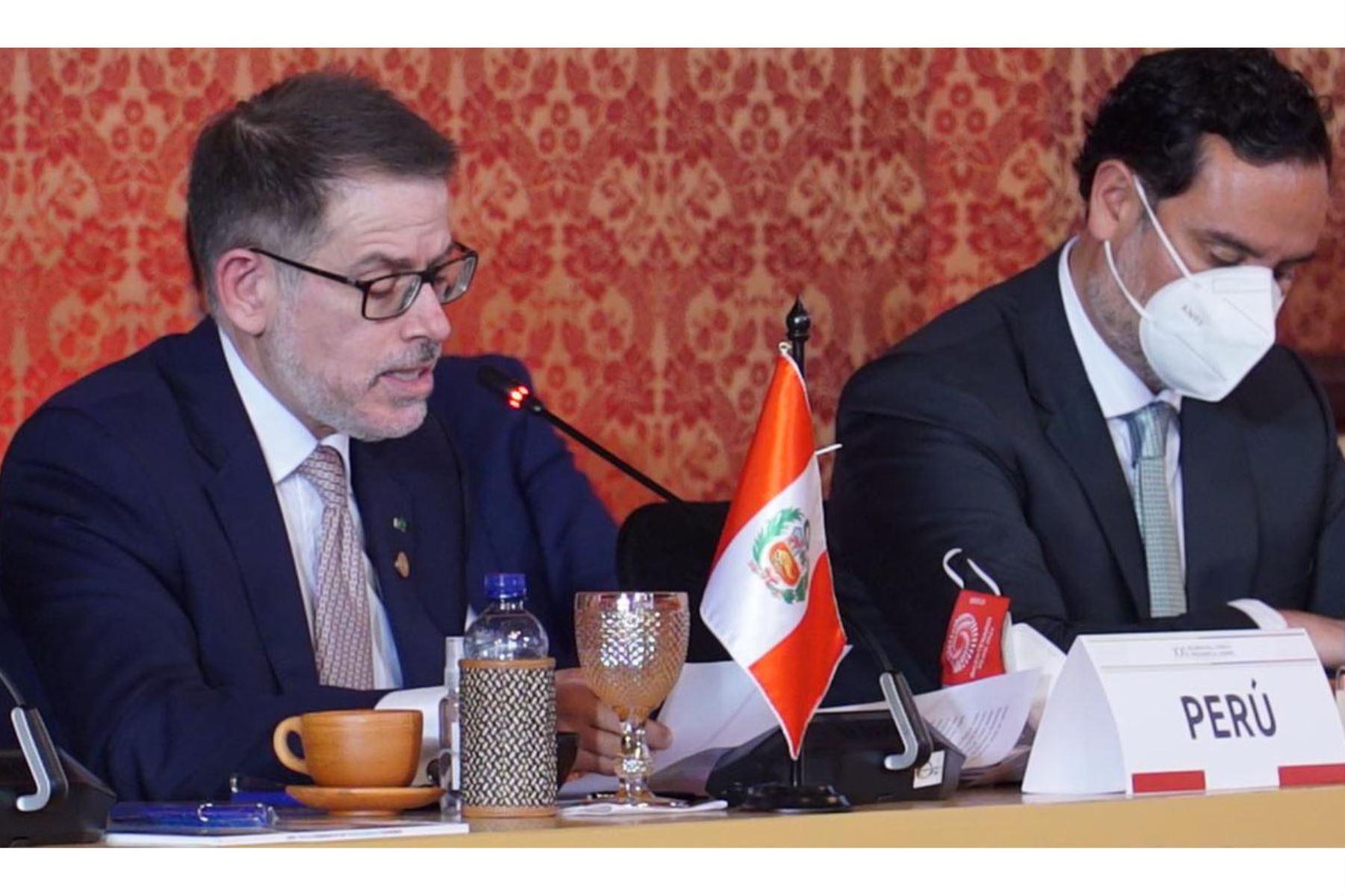 Vicecanciller participó en reunión de ministros de la Comunidad Andina