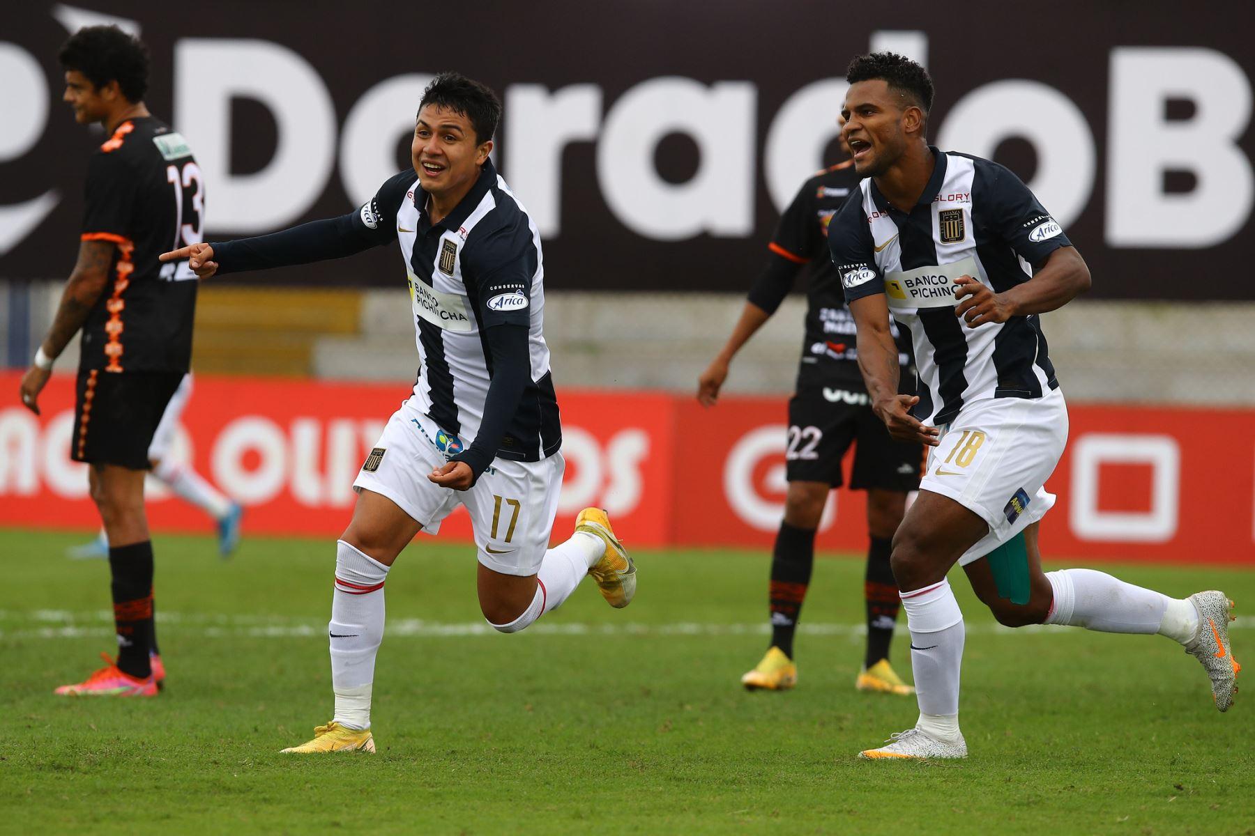 Alianza Lima goleó 4-1 a Ayacucho FC en su mejor partido del presente año