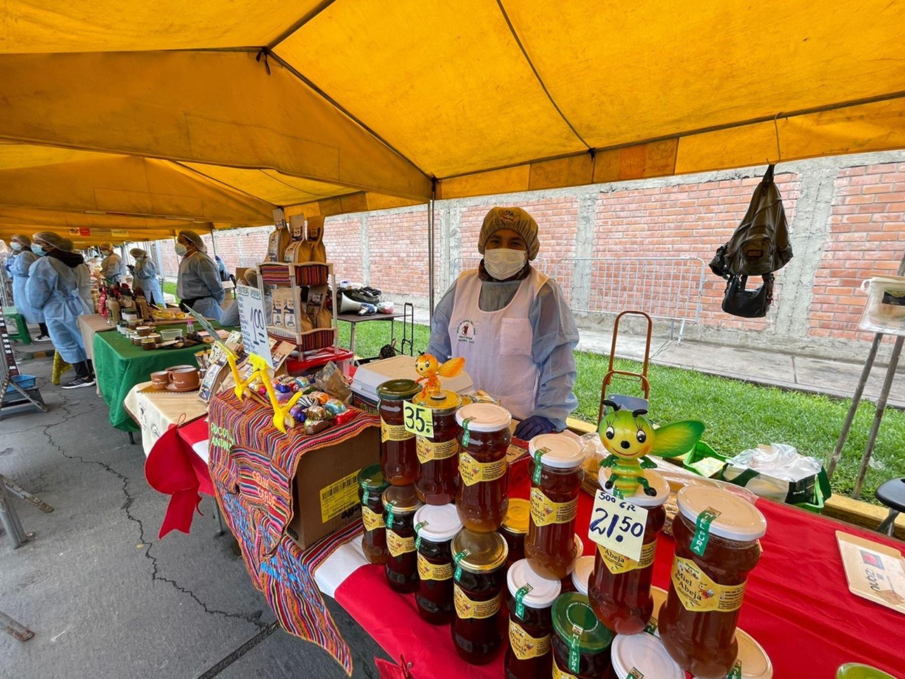 En mercados De la Chacra a la Olla: sucedáneo de café una alternativa para los diabéticos