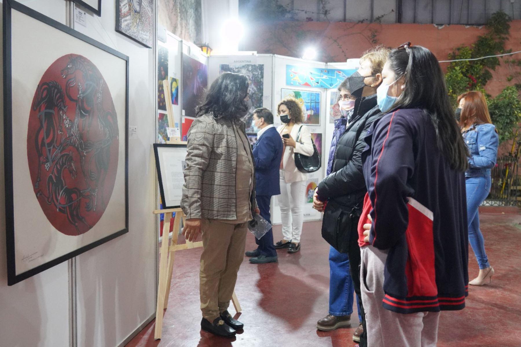 Artistas del mundo participan en exposición Bicentenario de América