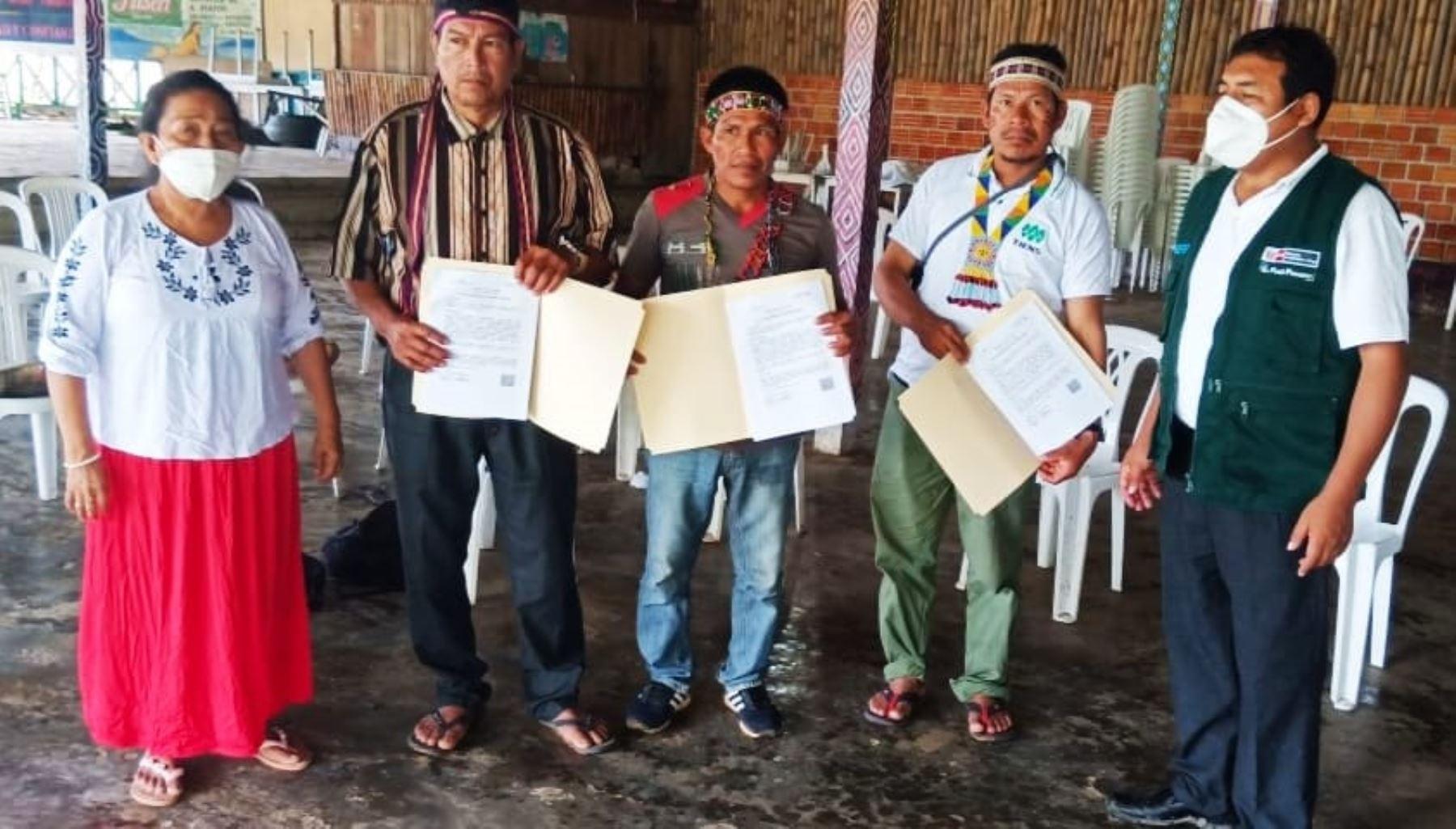 Loreto: Midagri entrega títulos de propiedad a comunidades nativas de zonas fronterizas