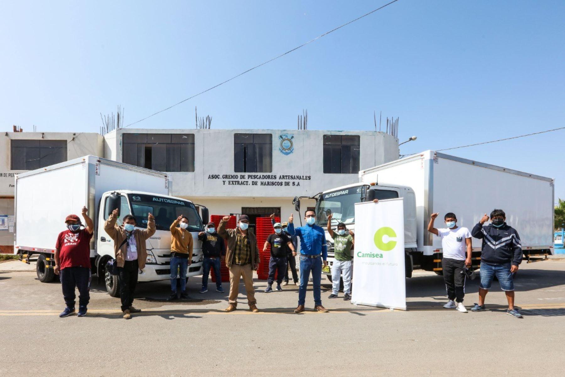 Ica: donan camiones para facilitar trabajo de pescadores de Pisco