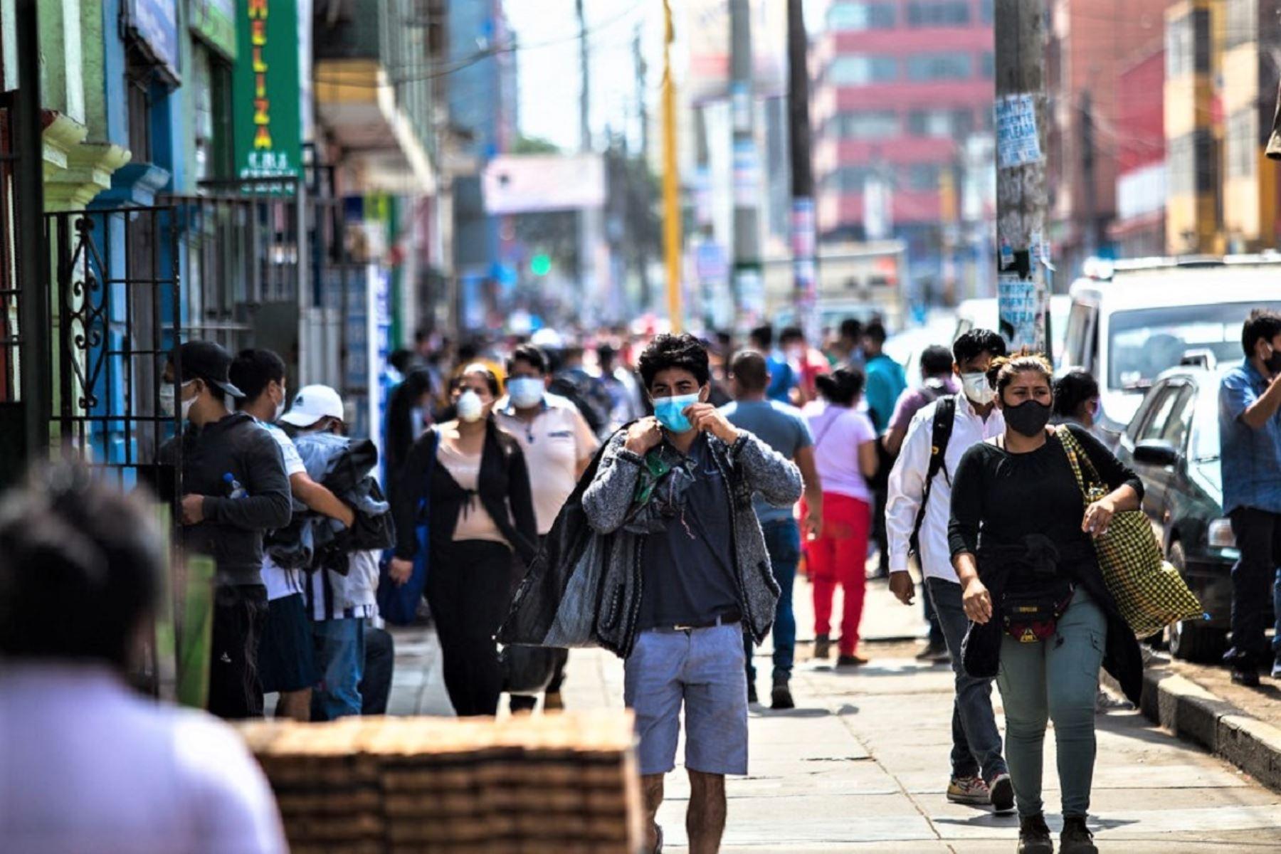 Fiestas Patrias: más del 20% de empresas otorgará el 30 de julio como día no laborable