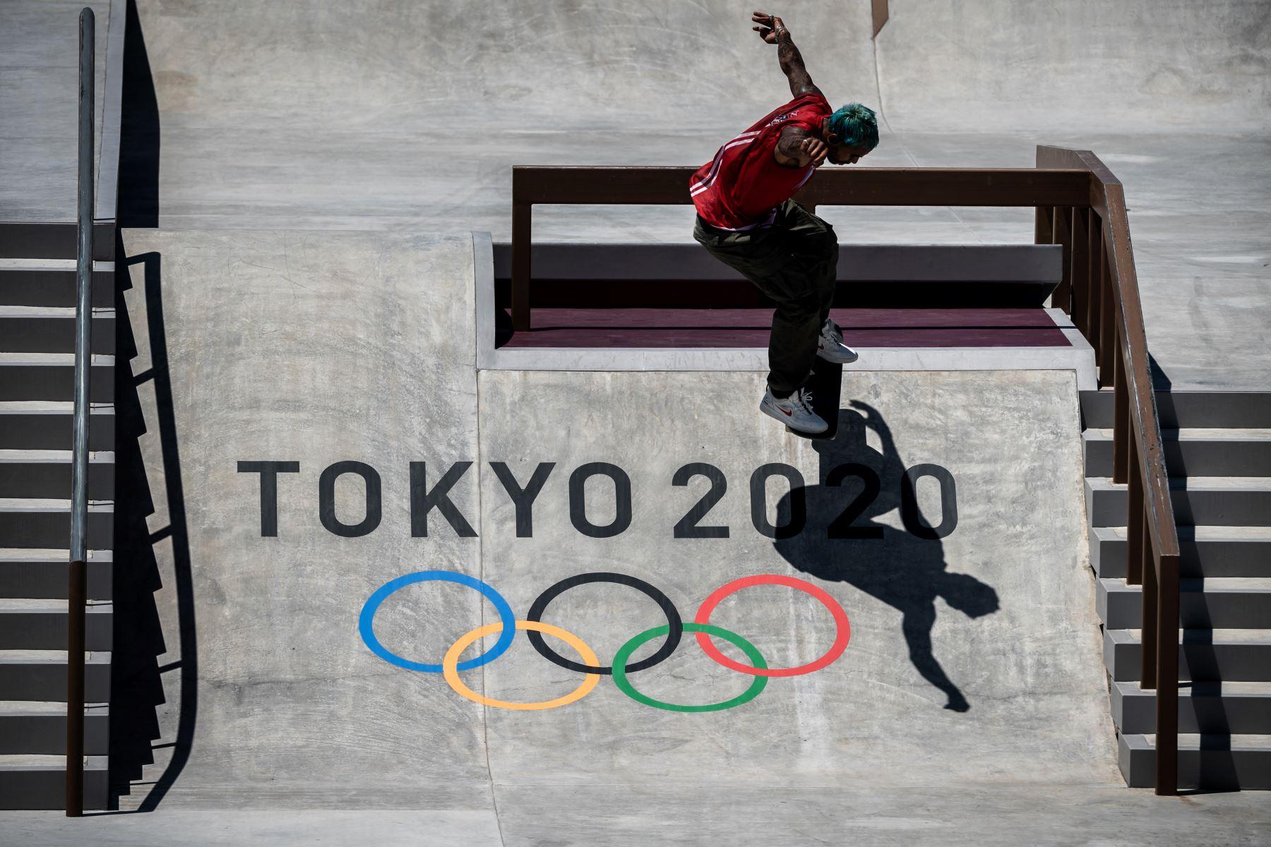 Manny Santiago de Puerto Rico practica en el Ariake Urban Sports Park antes de los Juegos Olímpicos de Tokio 2020. Foto: AFP