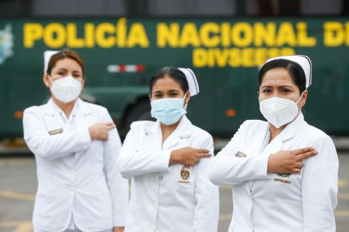 Ceremonia de agradecimiento a los héroes de la Policia Nacional por su labor en el proceso de vacunación