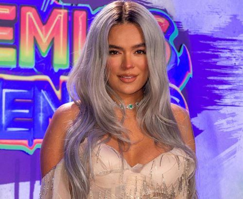 Karol G arrasó con los Premios Juventud.