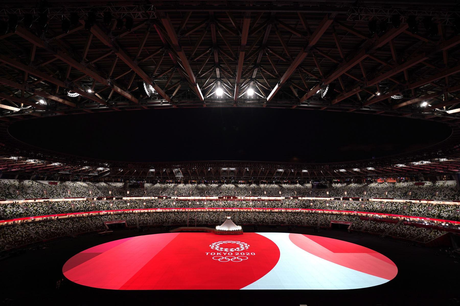 Vista general durante la Ceremonia de Apertura de los Juegos Olímpicos de Tokio 2020 en el Estadio Olímpico de Tokio, Japón. Foto: EFE