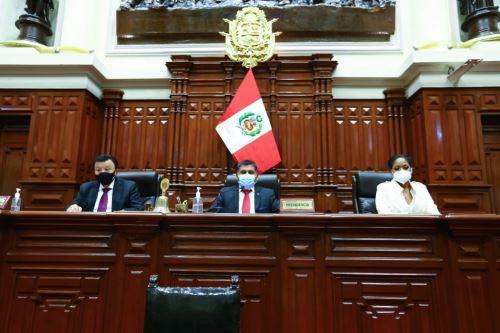 El presidente de la Junta Preparatoria, Bernardo Quito Sarmiento, convocó a la Representación Nacional para este lunes 26 a las 08:00 horas a la sesión en la que se llevará a cabo la elección de la Mesa Directiva del periodo anual de sesiones 2021-2022