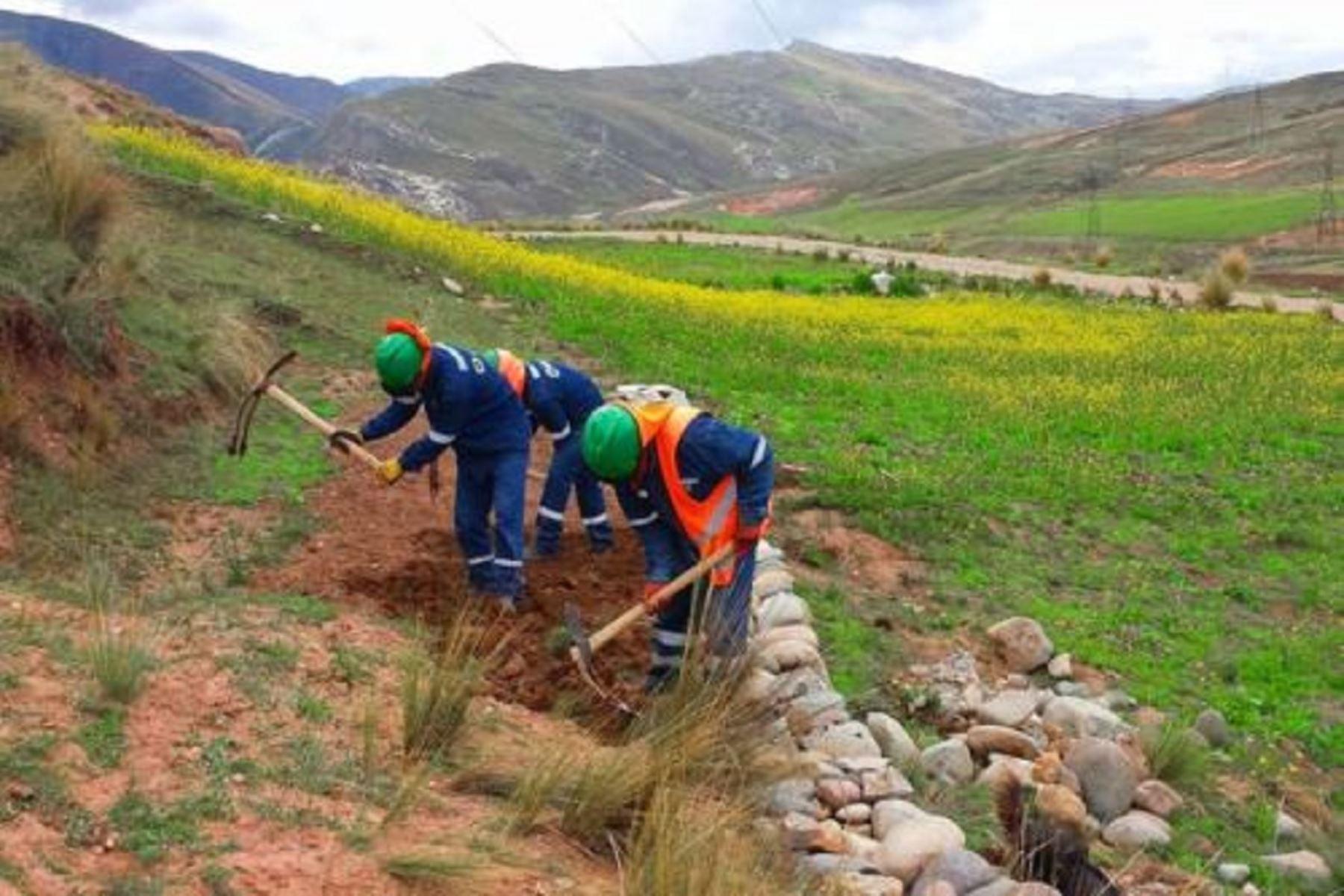Minem transfiere más de S/ 92 millones para remediar pasivos ambientales mineros