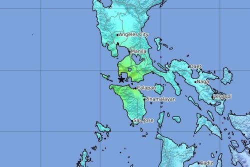 Este terremoto vino acompañado por otro de 5,8, que tuvo lugar pocos minutos más tarde en la misma zona, precisó la agencia estadounidense. Foto: AFP