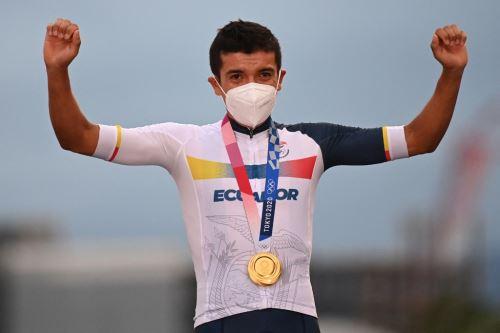 Richard Carapaz llevó a Ecuador a lo más alto del Olimpo y le da a la nación sudamericana la segunda medalla dorada olímpica de su historia